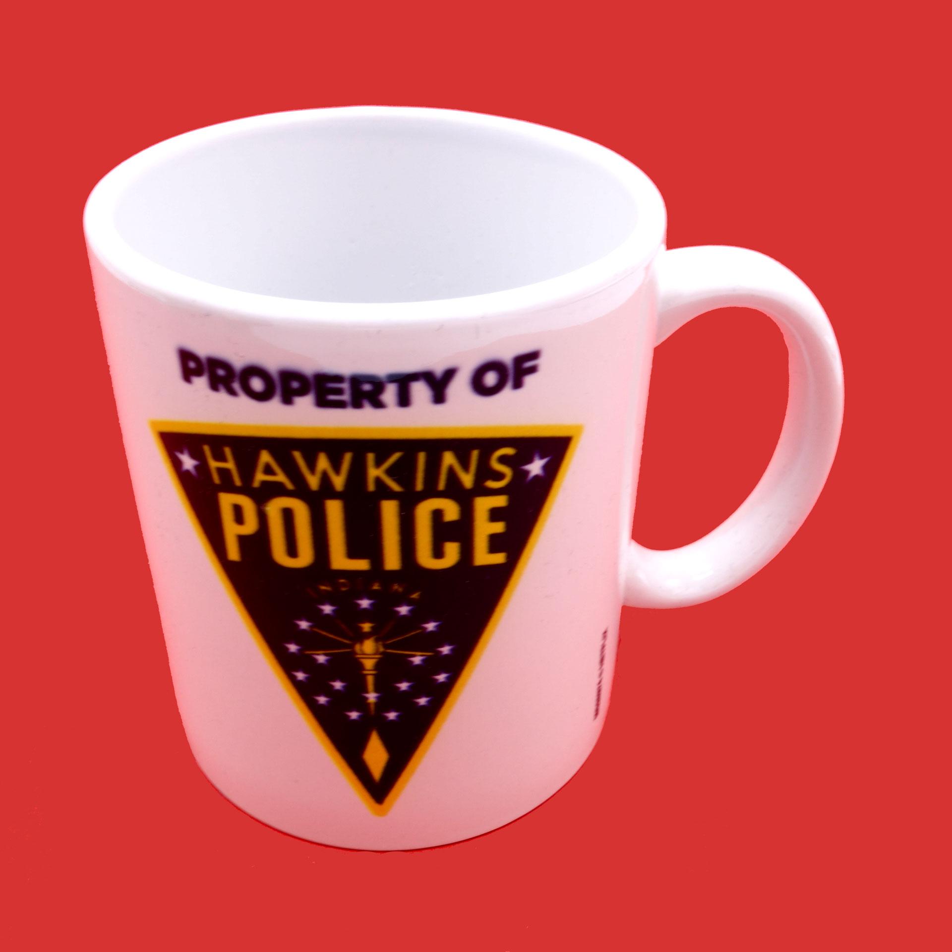 Stranger Things Tasse Hawkins Police Badge Becher